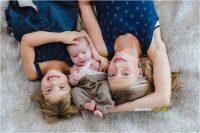 Newbornfotoshoot met zusjes